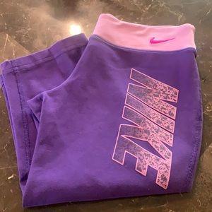 Nike Capri Leggings Girls Medium Purple A0003